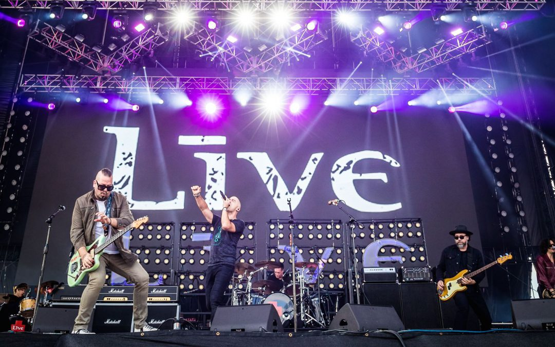 +LIVE+ LIFEHOUSE & THE CALLING SET TO ROCK AUSTRALIA
