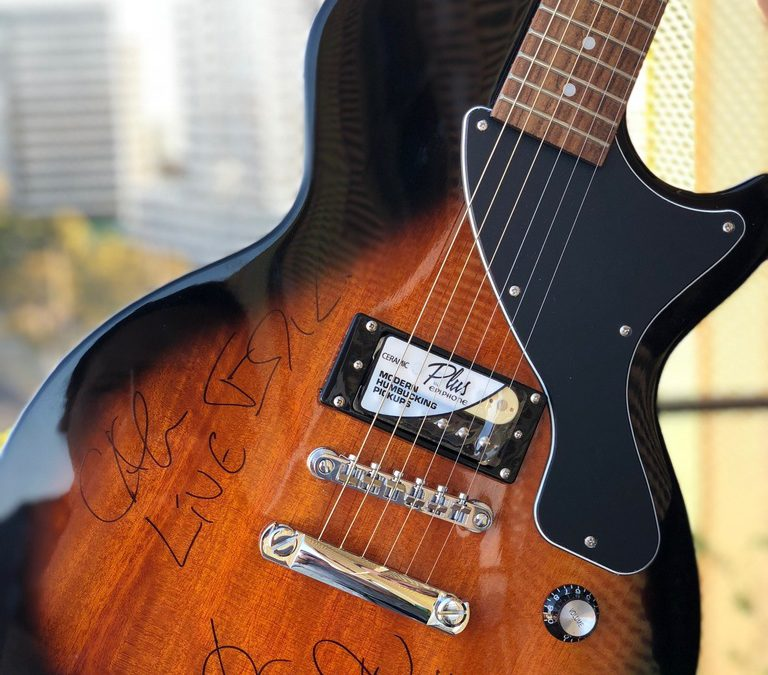 +LIVE+ AUCTION SIGNED GUITAR FOR AUSTRALIAN CAUSE, MAYA'S REST